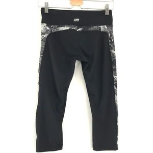 Marika Pants - Marika Black and White Yoga Workout Capri Pants